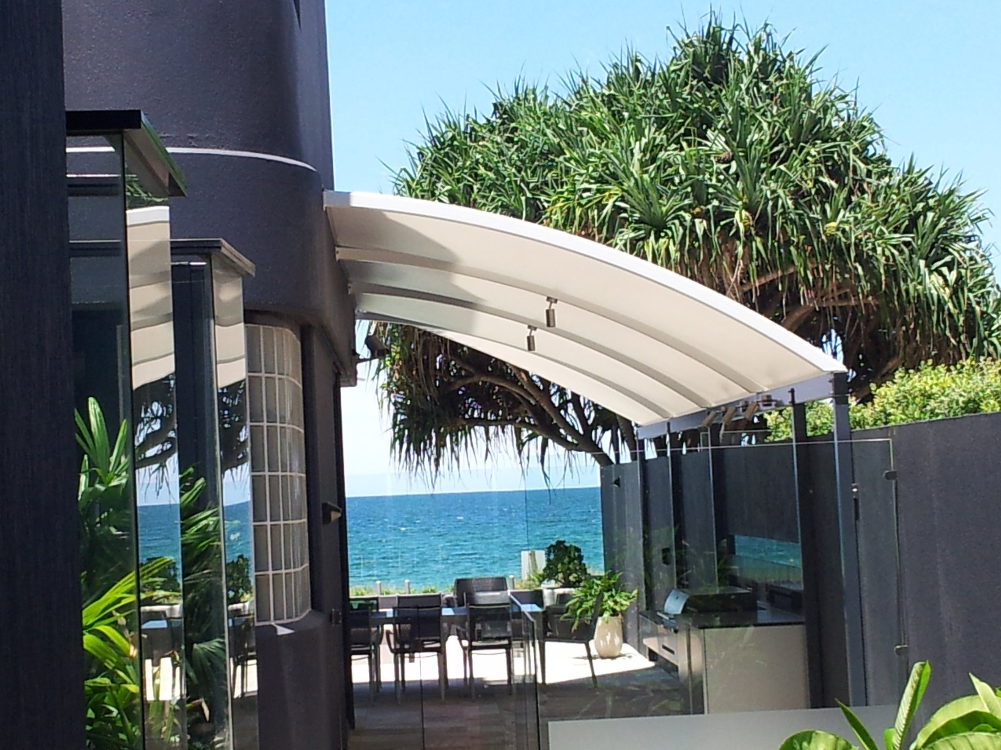 Curved Waterproof Shade Sails Structure for Outdoor entertainment Area & Portfolio | Home Business Public Shade Sails Specialists